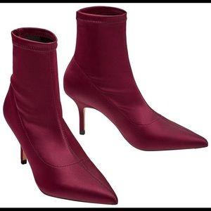 🍂NWT //Zara\\ Satin Ankle Booties 🆕